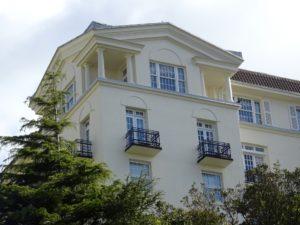 Apartment building Image